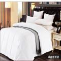 Hohe Qualität-Mikrofaser geklebte Filling Hotel Duvet Quilt Kuschel