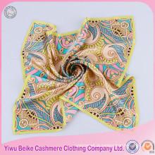 Bufê de moda com cachecol de seda de excelente qualidade