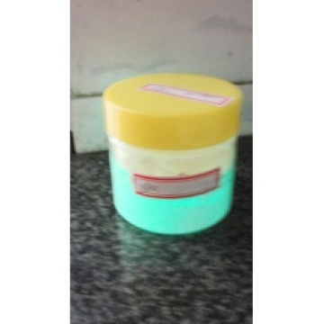 Green light luminous powder