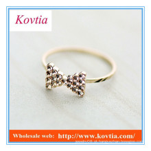 O anel de ouro fino do bowknot do cristal o mais NOVO da forma para mulheres