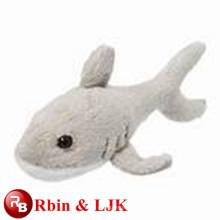 Juguete de tiburón de peluche de color gris