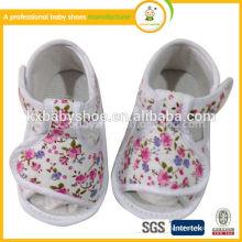 Chaussures en cuir souple en cuir chaussures blanches blanches sandales chaussures pour bébés