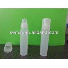 Rollo de plástico en la botella