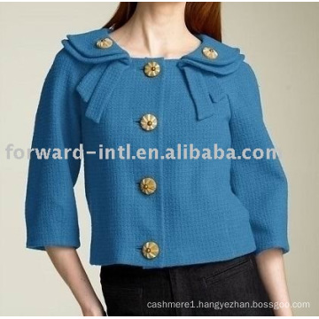 wool jacket with beautiful button