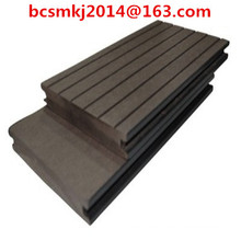 Wasserdichtes WPC-Decking