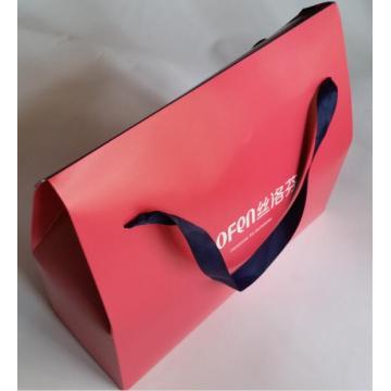 Bolsa de papel impreso en color con apertura especial
