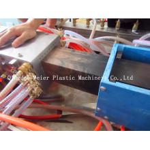 Chaîne de production de profil en bois en plastique