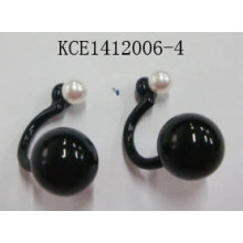Black Stone Earrings with Metal Retail