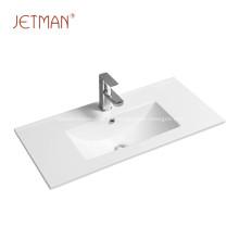 Lavabo rectangular fácil de limpiar