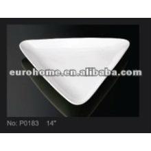 Plat platine triangulaire en porcelaine de 14 po guangzhou eurohome- P0183