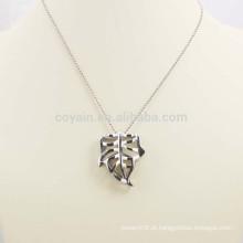 Brilhante prata oco liga colar de folha de metal