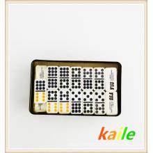 Duplo nove pacote de dominó colorido em caixa de lata