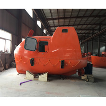 Totally enclosed lifeboat/rescue boat