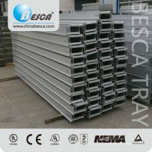 Tipo perfurado exterior bandeja de cabo usada no projeto das energias eólicas