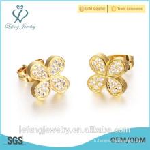 Boucle d'oreille en or élégant