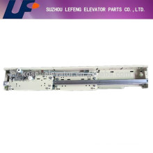 elevator landing door device, fermator two panel center/side opening landing door mechanism