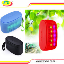2016 heißer Verkauf rot grün blau weiß tragbare LED Licht Bluetooth Lautsprecher