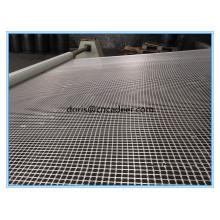 Geogrelha de fibra de vidro revestida de betume para reforço de asfalto