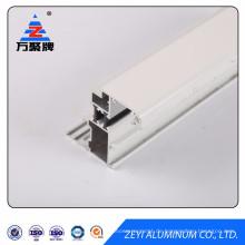 Weißes pulverbeschichtetes Aluminiumprofil mit thermischer Trennung