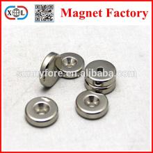 Кольцо с отверстием и зенковкой тонкий магнит диска N42