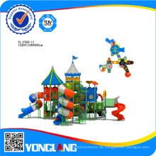 Kinder im Freien Spielplatz zu Paly Spiele an Pre-Schools von Vasia in China