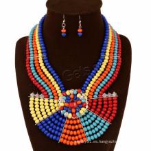 Collar de estilo bohemio y aretes de joyería africana de resina de pendiente