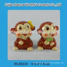 Alta qualidade cerâmica pimenta & sal shakers em forma de macaco