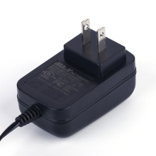 Adaptor switching 12V FCC UL disetujui