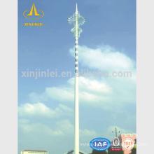 Torre de comunicaciones de acero