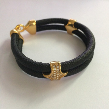 China for Half Anchor Rope Leather Bracelet Mens Black Stingray PU Leather Triangle Clasp Bracelet supply to India Factories