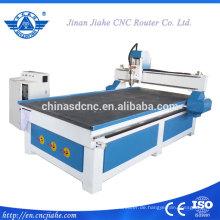 Beliebte und günstige 1300 * 2500mm CNC-Carving Maschine für Holztür