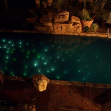 Umwandlung von Faseroptik zu LED-Poollicht
