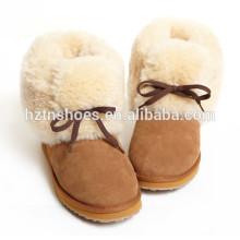 Мода леди ботинок женщин зимние сапоги с мехом снаружи