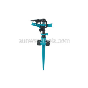 Plastic Impulse Sprinkler on spike