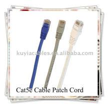 Cable de conexión CAT 5E para redes.