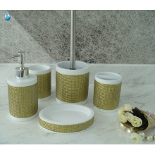 Factory wholesale custom cheap bath set 5 pieces bathroom accessories