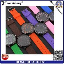 Yxl-181 Colorful Strap Casual reloj de silicona venta caliente reloj de pulsera de cuarzo hombres mujeres venta al por mayor