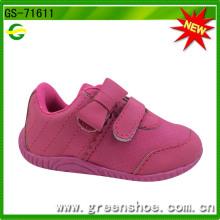 Nuevos zapatos de bebé, zapatos infantiles