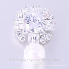 Nouvelle conception Zircon Broche Belle Femme Fleur Broche Perle