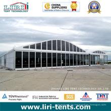 Großes Arcum-Kuppelzelt mit vollen Glaswänden