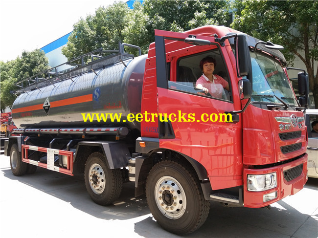 Chemical Liquid Tanker Trucks