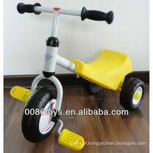 Crianças brinquedo de bicicleta de três rodas