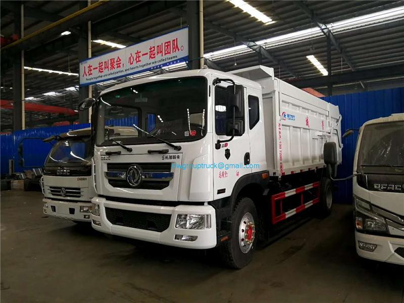Docking Garbage Truck 4