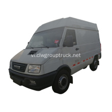 Xe du lịch Iveco 4X2