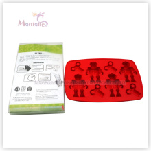 Robot-Shaped Ice Mold Food Grade Plastic Ice Cube Tray
