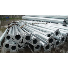 Galvanized street lamp pole with flange and anchor bolt