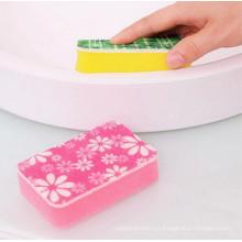 Limpieza de esponja de baño