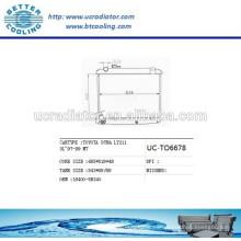 Radiador de aluminio para TOYOTA DYNA LY211 3L 97-99 164005B240 / 164005B261 Fabricante y Venta directa