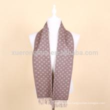 bufanda de lana jacquard para hombre en color camel