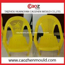 Molde plástico de la silla del brazo para el uso de los niños